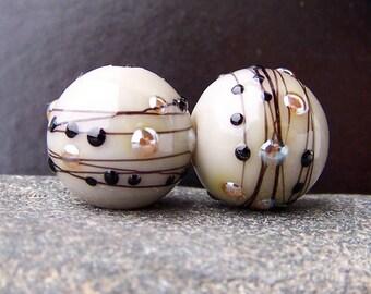 "MruMru Handmade Lampwork Glass Bead Earring Pair ""Posh GRAY"" Sra. Many colors available."