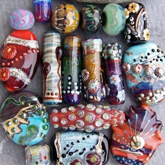 MruMru Handmade Lampwork Glass Bead set. Orphans, extas, homeless...  Sra.