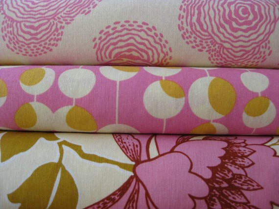 Amy Butler Lotus and Midwest Modern Yard Set, Ivory and Fuchsia, 3 Total