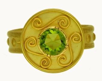 18k gold Peridot Swirl Ring using 100 percent recycled gold
