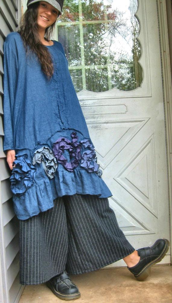 Flouncy Swirl Tunic Dress