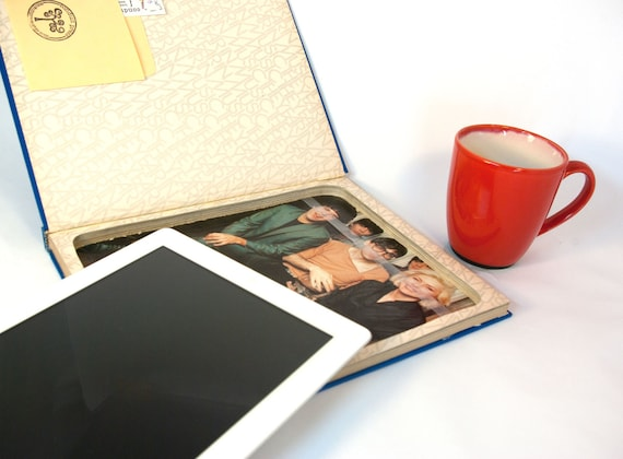 iPad 2 Case - Hollow Book for iPad 2 - The Primates