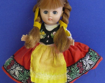 Vogue 1972 7 inch  Costumed Doll