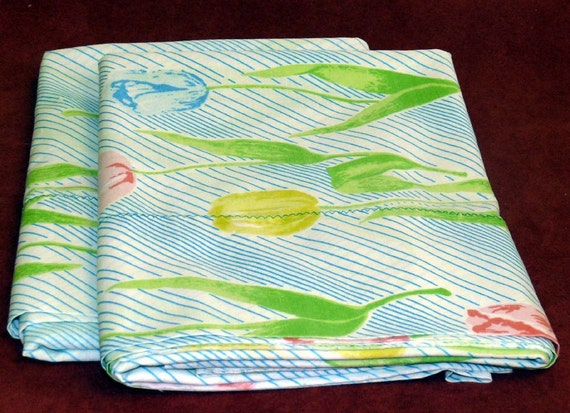 PERCALE  King Size Pillowcases - Vintage  TULIPS and Blue Stripes   1980s Decor