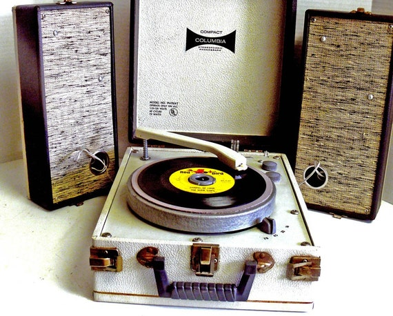 Compact Columbia Stereo Record Player w Warranty