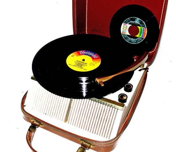 1950 S Firestone Leather Portable Record Player