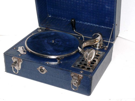 Portable Gramaphone Record Player Vintage Crank Warranty