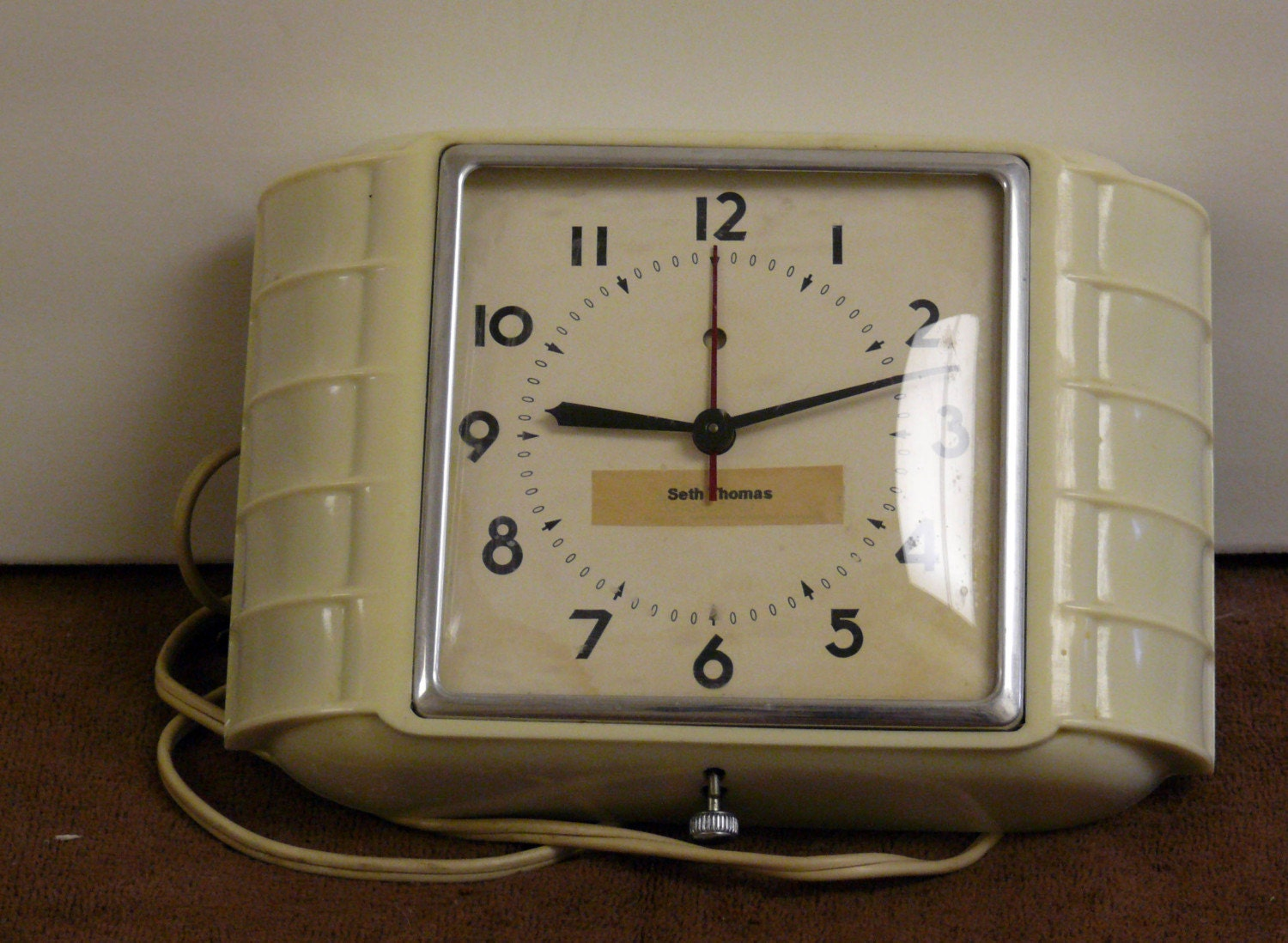 Vintage 1950s Seth Thomas Kitchen Clock