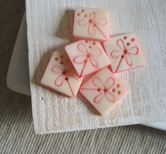 Buttons Component Bone carved pink  flower  - 15   mm - 6 pcs - 1bbu7