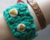 """CUFF BRACELET Emerald GREEN Crochet Kawaii Cute """"Butterflies are Free"""""""
