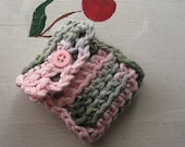 "NEEDLE BOOK TRAVEL Case Sewing Embroidery Beading Crochet Pink & Green  ""Sweet Pea"""