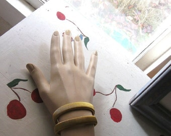 "BRACELET VINTAGE BANGLE Stretch Mid Century Mad Men Style ""Another Time, Another Place"""