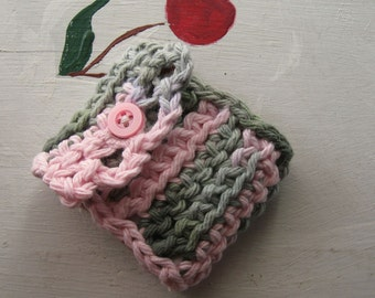 """NEEDLE BOOK TRAVEL Case Sewing Embroidery Beading Crochet Pink & Green  """"Sweet Pea"""""""