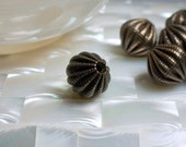 1pc Bronze Bead 16mm textured Metal Fluted Jewelry Bead Jewellery Supplies Focal Bead Brown Antiqued Textured