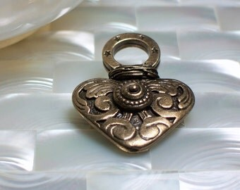 Pendant Heart Ornate Bronze antiqued 1pc large