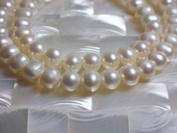 6mm Freshwater Pearls round white strand