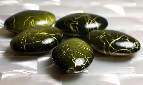 5 pcs Beads acrylic flat oval Mossy green