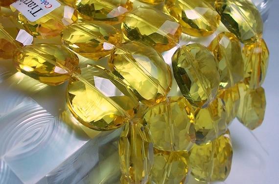 Chinese Designer Crystals Sunglow yellow kidney shape 7pc strand