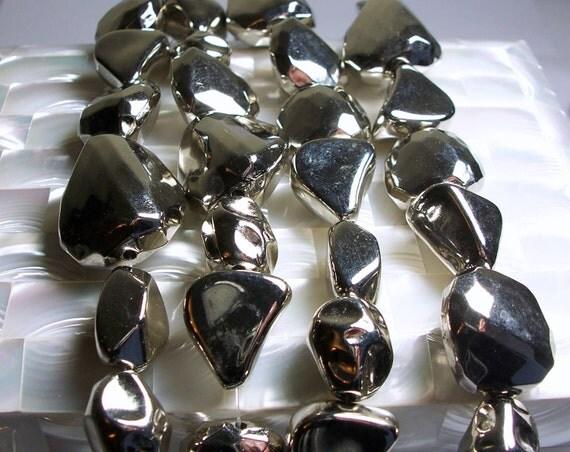 Beads Silvertone Metallic Acrylic mixed bead strand 9pcs