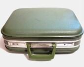 Vintage Suitcase Bag / Retro Green Hard Box Luggage Suitcase Train Case