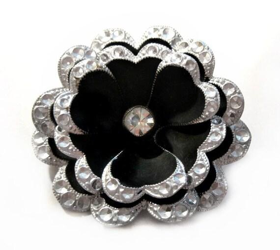 Japanned Metal Rhinestone Flower Brooch - Vintage Costume Jewelry