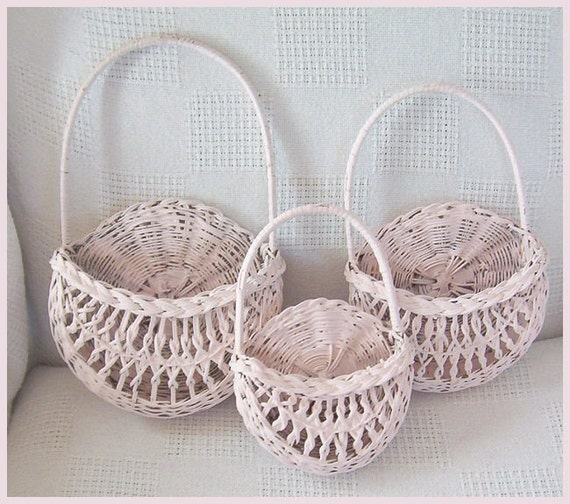 3 Shabby Cottage Pink Graduated Wall Baskets
