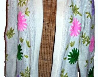 Vintage 60s Flower Power Sweater,Hippie Girl