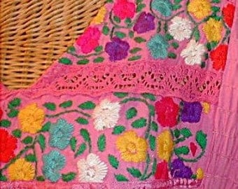 Vintage 70s PINK Mexican Embroidered Dress, Pintucks,Embroidery,Flowers,Inset Lace, Hippie, Boho,Festival Wear,Bohemian,Gypsy Girl,Medium