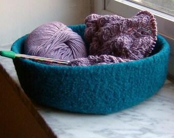Felted Wool Knitting Bowl Turquoise Blue Double-Wide Air Plant Terrarium Kitchen Stirage Desk Organizer