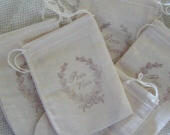 30 Parisian Style Muslin Drawstring Bags - Pour Vous (0167)
