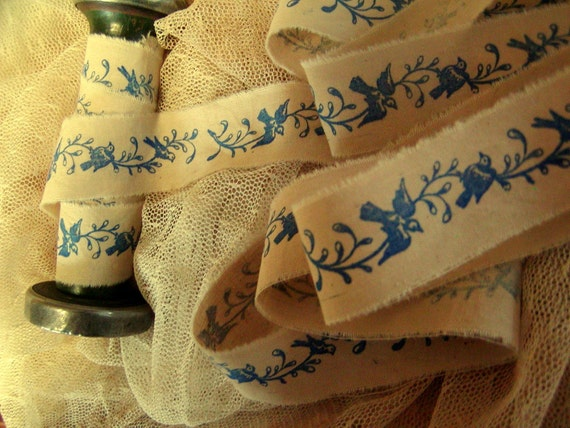 Blue Birds on a Trailing Vine - Hand Stamped in  Royal Blue - 2 yards (0336)