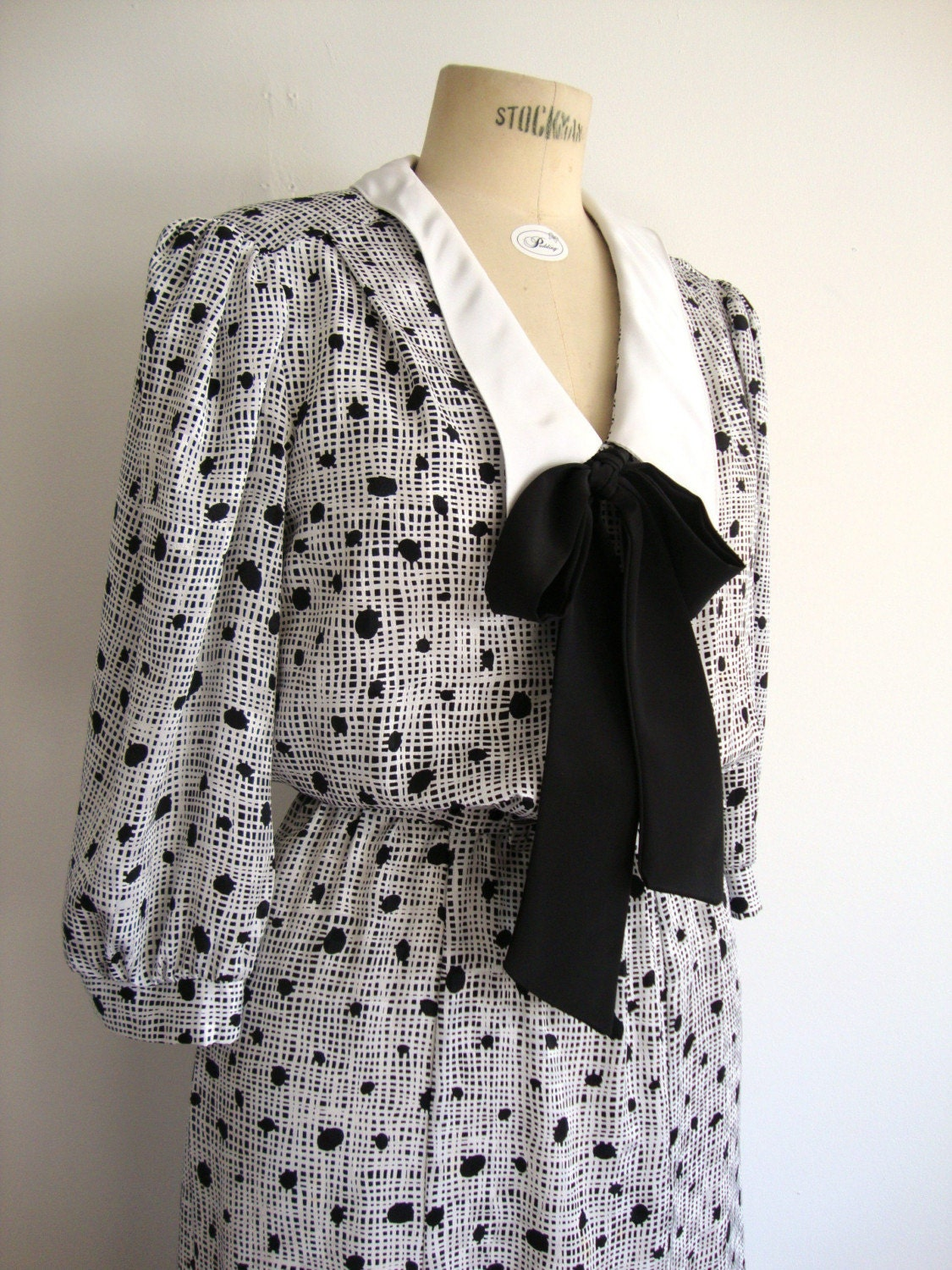 vintage secretary black and white bow dress from pudding