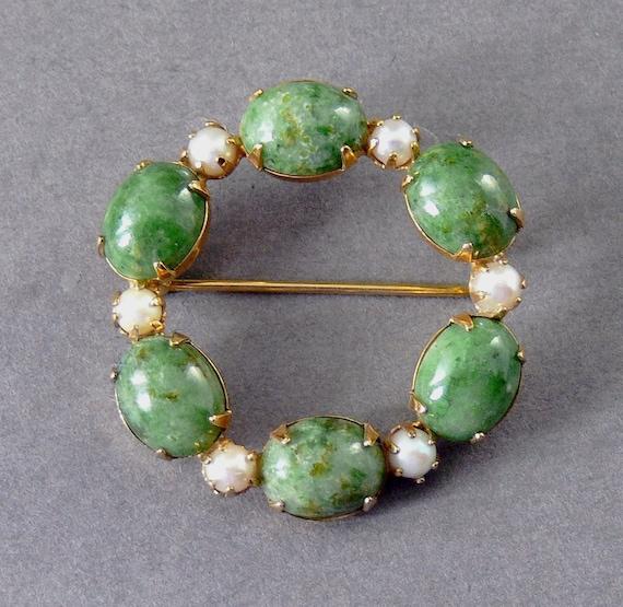 Vintage Circle Brooch Jade Green & Pearl