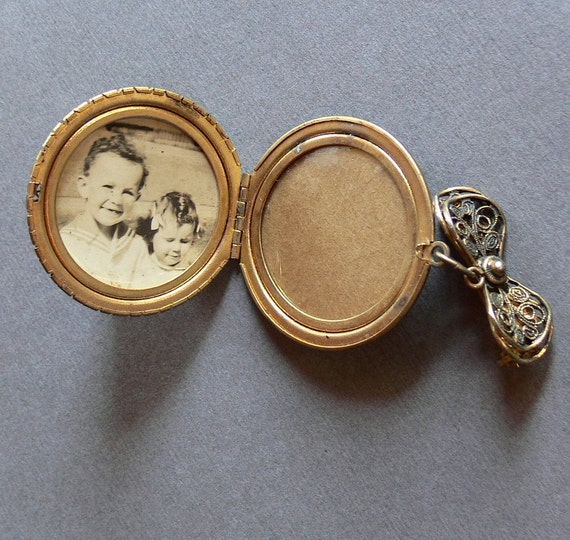 Vintage Pendant Locket Brooch With Childs Photo