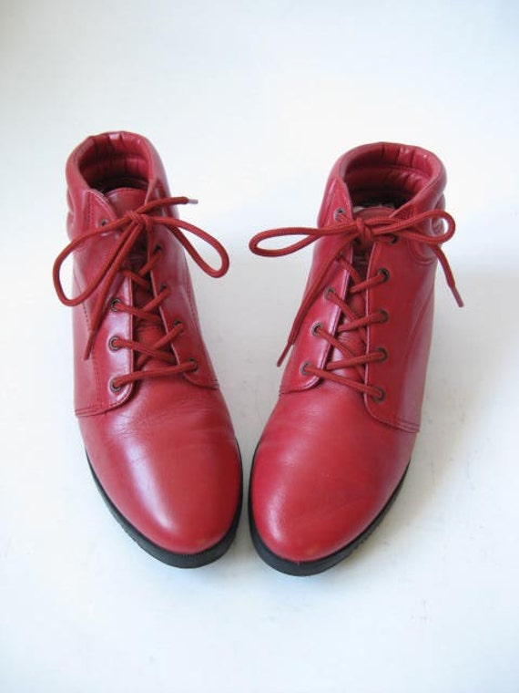 Vintage 80s Red Leather Lace Up Flat Ankle Granny Boots Size