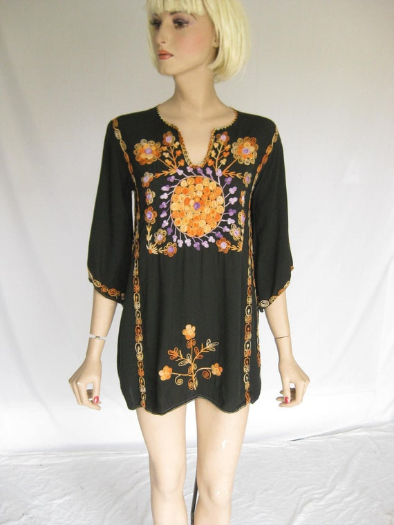 Vintage 70s Ethnic  Embroidered Hippie Tunic