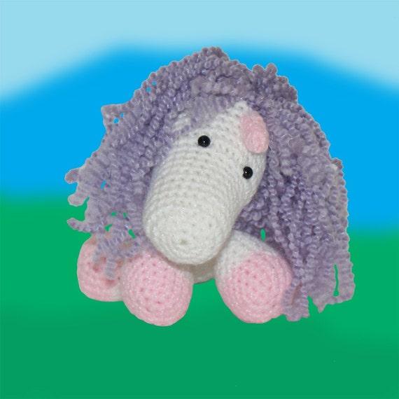 Amigurumi Unicorn Horn : Stumpy the Unicorn Amigurumi Crochet Pattern