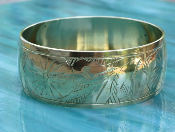 Brass Carved Bangle