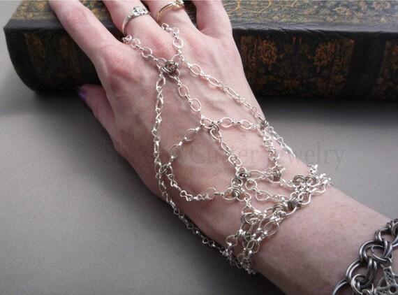 SALE 30% OFF Hypoallergenic Handflower Silver tone Chain Slave Bracelet, adjustable toggle clasp, chain bracelet ring bracelet panja hand je