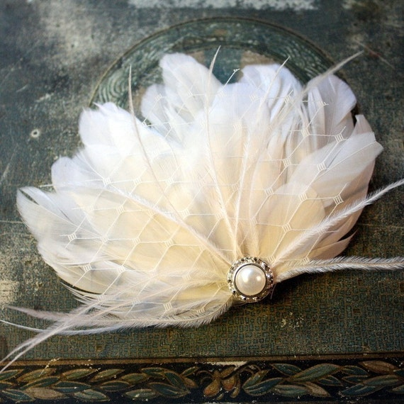 Grace - Ivory Feather and Pearl Wedding Hair Clip Fascinator