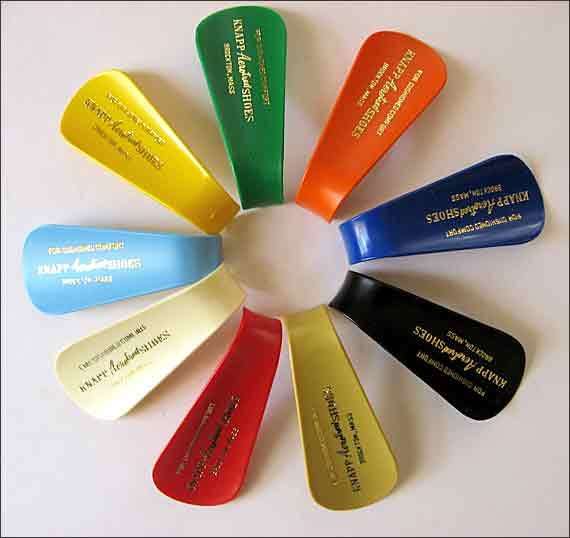 Group of 9 Vintage Colorful Plastic Advertising Shoe Horns, Knapp Aerotred Shoes, Each a Different Color