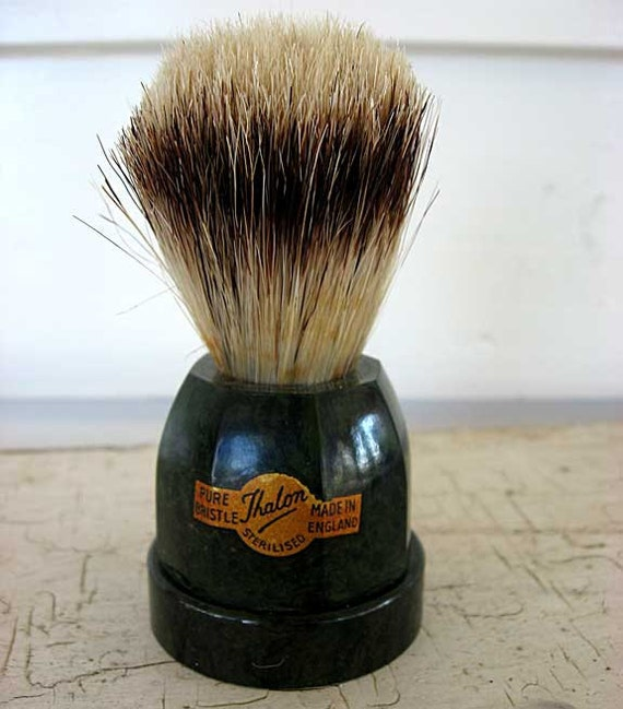Vintage 1930's Art Deco Green/Black Marbled Bakelite Base Bristle Shave Brush w Decal