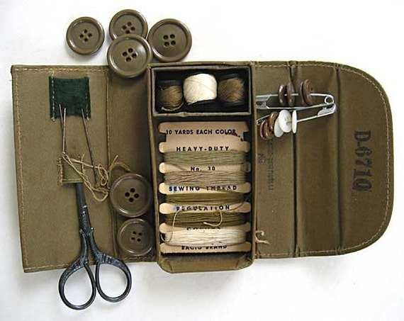 World War II Vintage Belding Corticelli Soldiers Khaki Twill Covered Sewing Kit w Original Contents