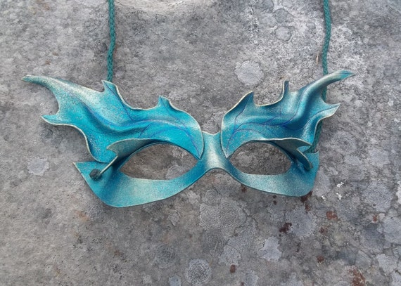 Leather Pixi Mask in Teal