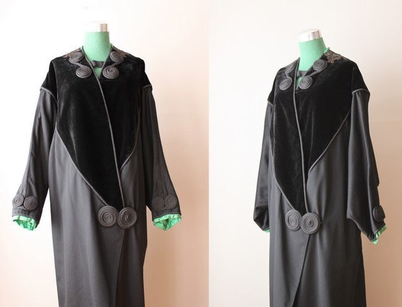 ON RESERVE...1920s Coat / Vintage 20s Cocoon Coat / Black Wool Velvet and Emerald Satin 20s Coat