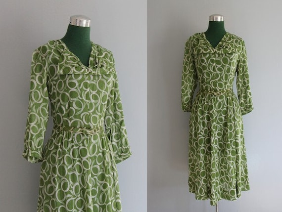Vintage Dress / 1940s Dress / 40s Sheer Cotton Bow Dress