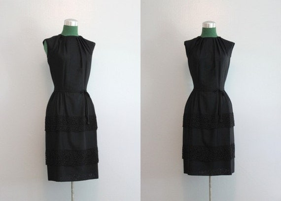 Vintage Dress / 1950s Little Black Dress / 50s Black Dress