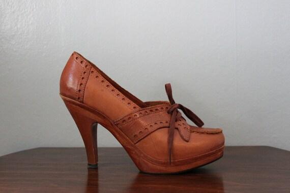 Reserved...Vintage Shoes / 1970s Wooden Platform Brogues / 70s Wooden Heels