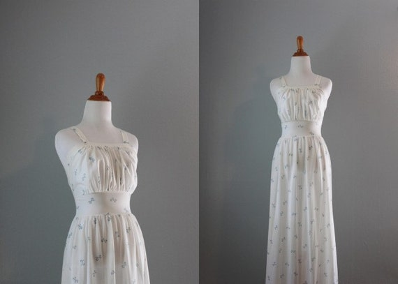 1940s Lingerie / Vintage 40s Nightgown / Blue Bows Ethereal Lingerie