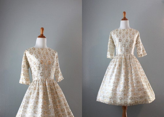 60s Party Dress / 50s 60s White Lace Dress / Vintage 60s Metallic Lace Dress